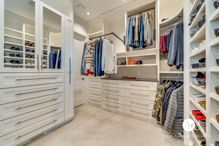 closet cabinets in middlebury