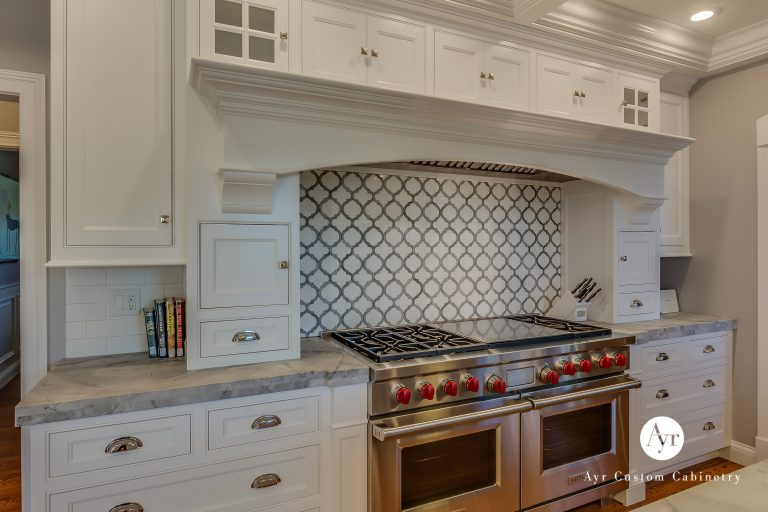 custom kitchen cabinets in south bend with backsplash