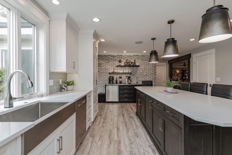 modern kitchen custom cabinets